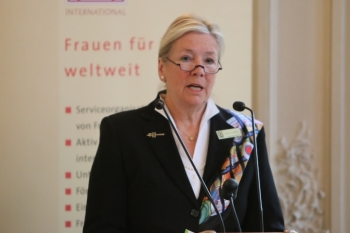 Zonta Präsidentin Petra E. Block